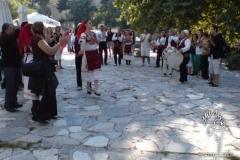koy-meydaninda-halk-danslari